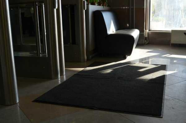 Коврики в аренду с чисткой. Сервис по аренде сменных грязезащитных ковров в Самаре, Тольятти, Димитровграде, Ульяновске